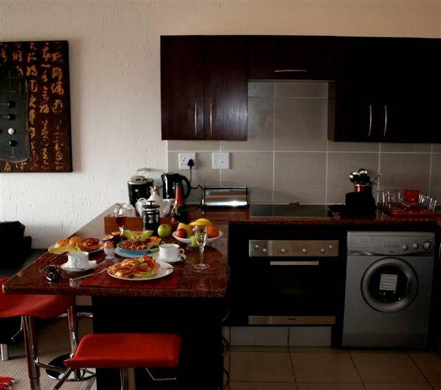 San Francisco Apartments For Rent By Owner: 2 Bedroom Midrand Apartment, San Ridge Village IA1